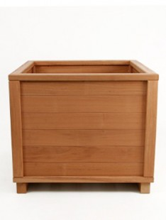 Dřevěné nádoby pro rostliny