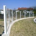 Průhledné protihlukové stěny z PMMA plexiskla