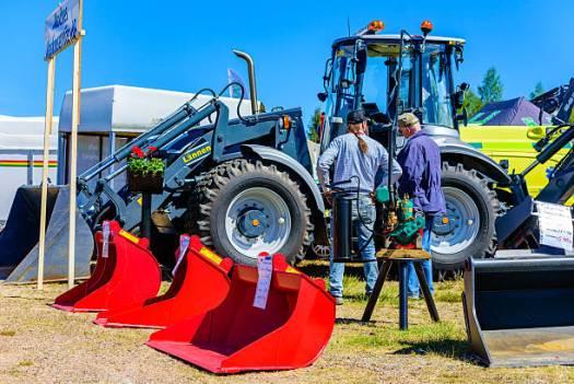 Náhradní díly na zemědělské stroje - AGROZEM Opava