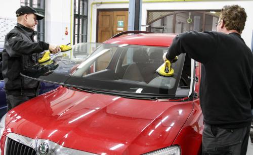 Výměny čelních autoskel osobních vozidel, Brno