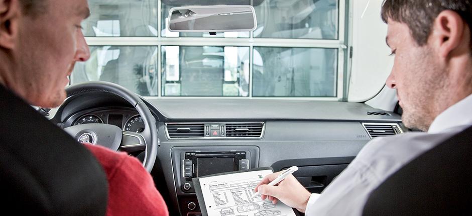 Řešení v případě nehody či poškození vozu Vám nabídne AUTONOVA BRNO s.r.o.
