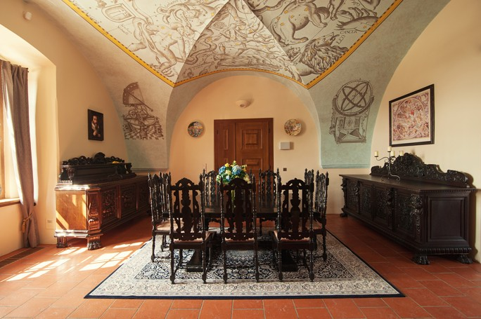 Hvězdný salónek pro firemní akci Vám k pronájmu poskytne Hotel Zámek Valeč
