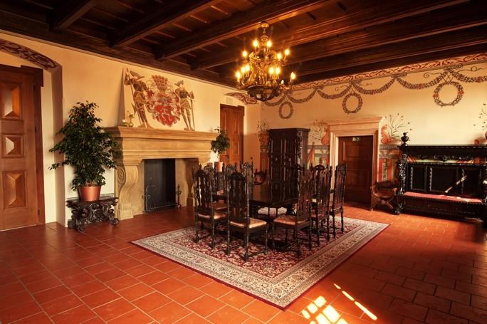 Pro Vaši firemní akci využijte rytířský sál k pronájmu v Hotelu Zámek Valeč