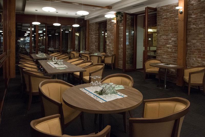 Firemní meeting v příjemném prostředí Vám umožní Hotel Zámek Valeč
