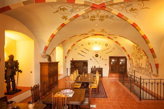 Firemní teambuilding v historickém prostředí Vám zajistí Hotel Zámek Valeč