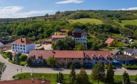 Hotelový komplex Kurdějova na jižní Moravě