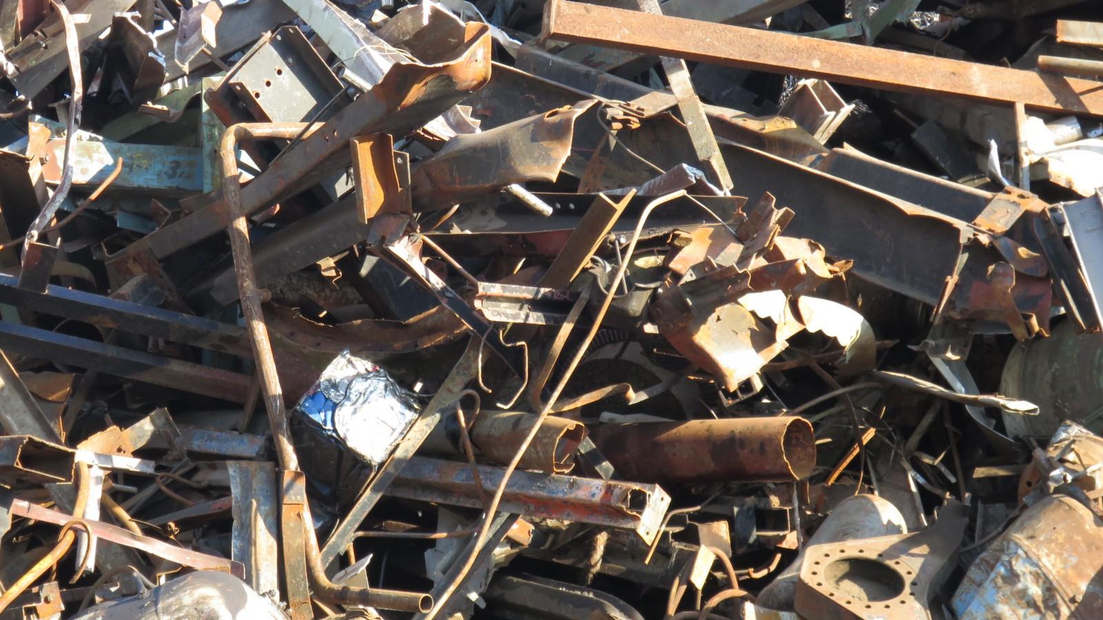 Výkupem a zpracováním kovového odpadu se zabývá společnost HULMAN - kovošrot s.r.o.