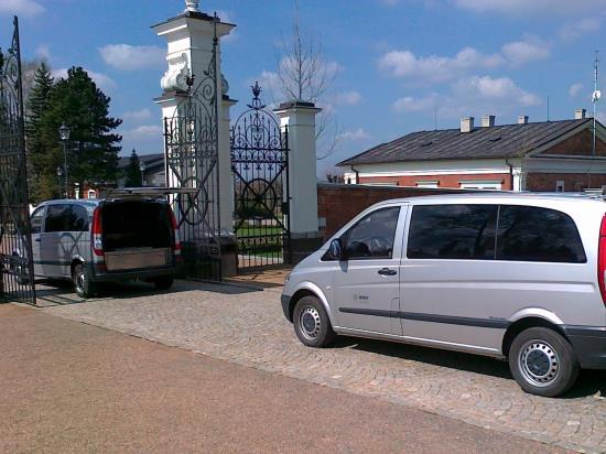 Vozy pro smuteční průvod, Marie - pohřební služba Opava