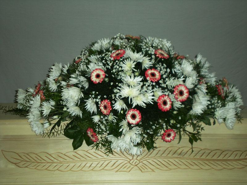 Květinová smuteční dekorace, Marie - pohřební služba Marie