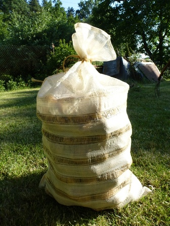 Nejlepší řešení pro uskladnění brambor je v síťovaných pytlích od společnosti FOKUS-H s.r.o.