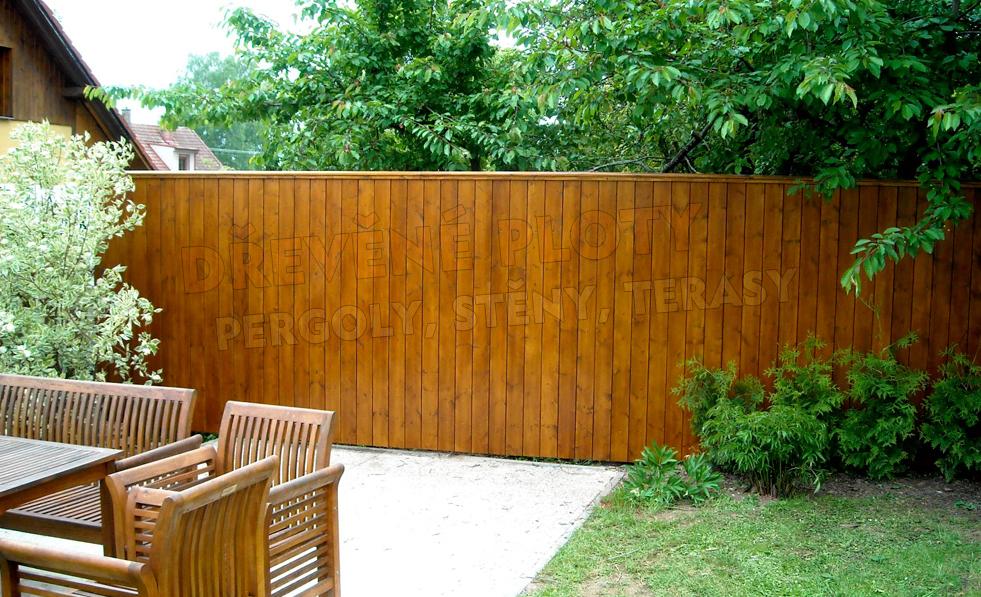 Renovace starých plotů a stěn