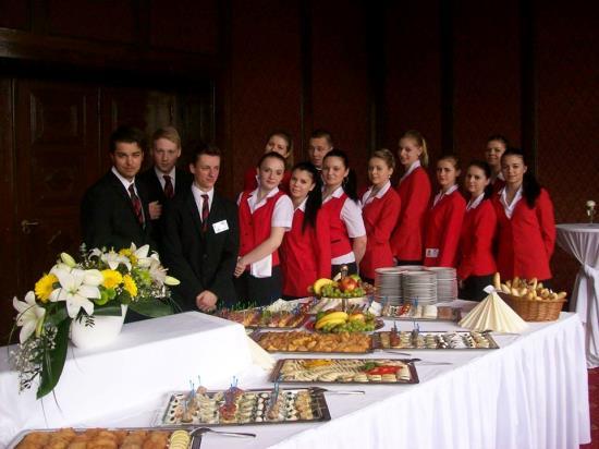 Žáci střední školy hotelnictví a služeb