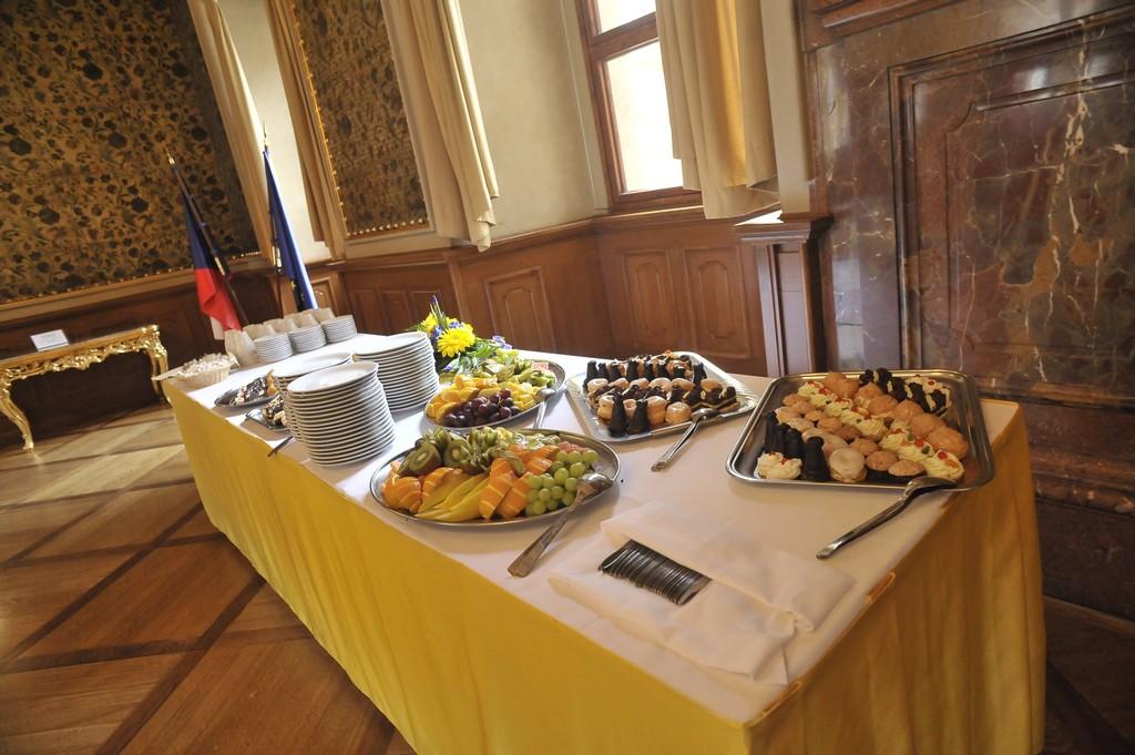 Kvalitní catering a občerstvení na konferencích a kongresech