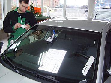 Opravy čelních skel automobilů
