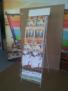 Drátěný stojan na tiskoviny, Activity promotion s.r.o.