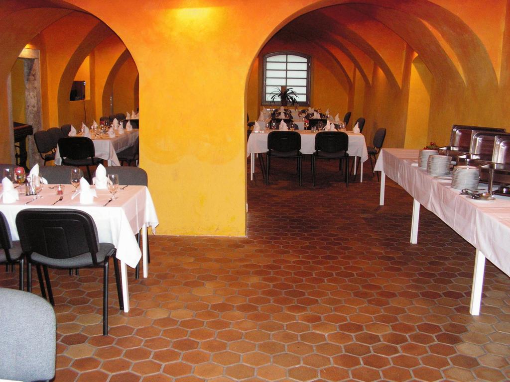 Banketní salonek v Hotelu Antoň pro teambuildingové akce