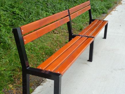 Venkovní městské lavičky, parkové soupravy i zahradní nábytek
