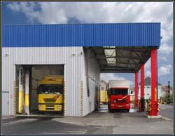 Ruční tlakové mytí pro nákladní, dodávkové a osobní vozy, tanky i zemědělskou techniku