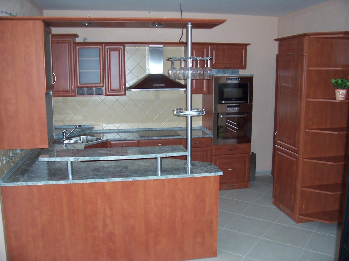 Doplňky do kuchyní, kuchyňské spotřebiče, Kuchyňské studio Jan Forman, Moravský Krumlov