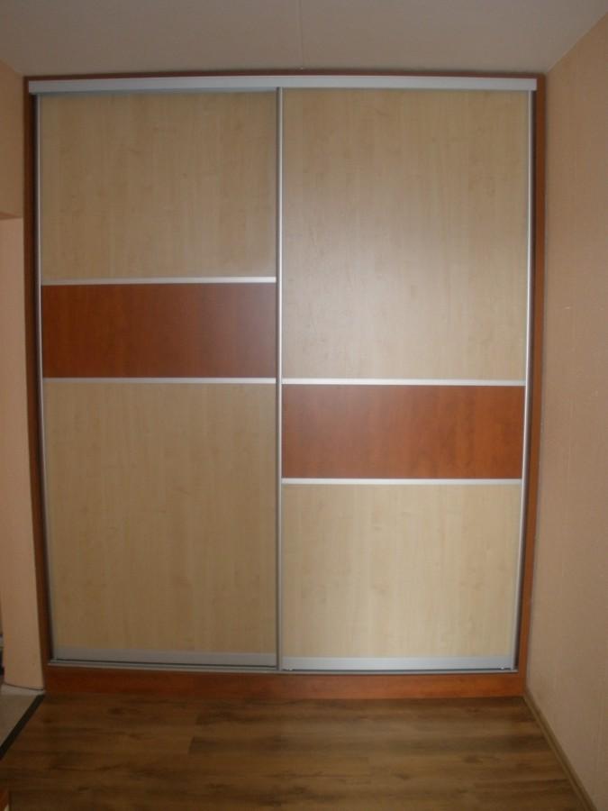 Vestavěné skříně včetně příslušenství na míru, Znojemsko