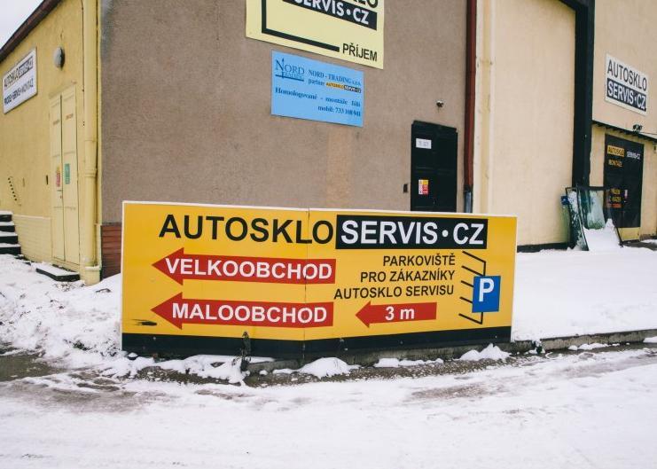 AUTOSKLO SERVIS CZ, s.r.o. - bezplatná výměna autoskel při pojistné události