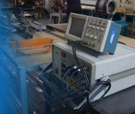 Společnost KRES spol. s r.o. se zaměřuje na navíjení statorů trojfázových trakčních elektromotorů