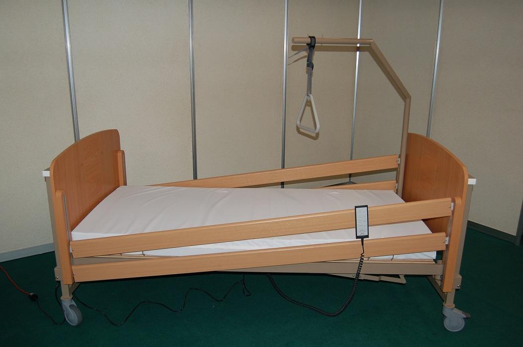 Zdravotnická lůžka s motorickou matrací prodává společnost CMT CZ s.r.o.