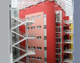 Elektroinstalační práce v administrativních budovách provádí brněnská firma ELMONT GROUP.