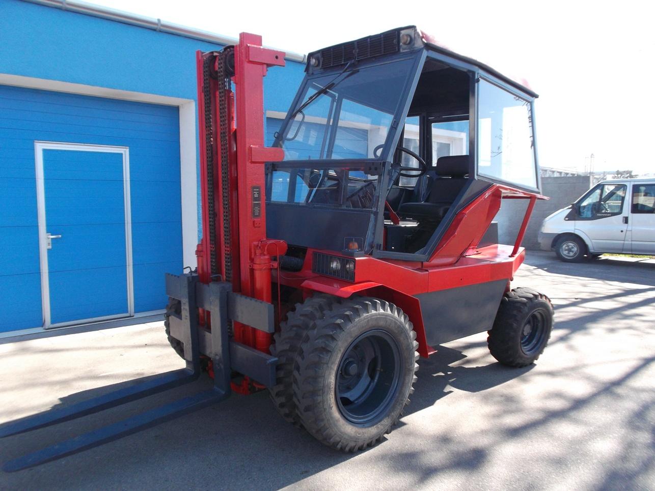 Terénní vysokozdvižný vozík Desta - VZV-Veselý Hodonín