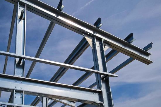 Konstrukční pevnostní profily dodává a montuje firma HALOVÉ SYSTÉMY s.r.o. z Brna