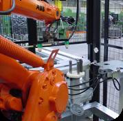 Bezpečnostních zařízení k ochraně strojů i pracovníků
