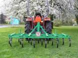 Kultivátory a kombinátory pro práci v zemědělství