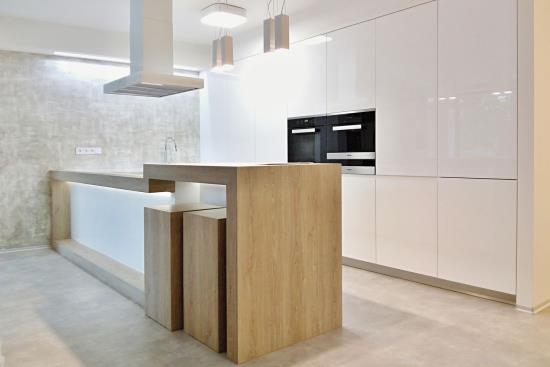Luxusní kuchyňské linky na míru vyrábí společnost Draft Inc., s.r.o.