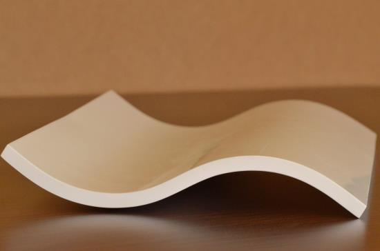 Společnost Draft Inc., s.r.o. se zabývá výrobou obloukových ohýbaných kuchyňských dvířek do každé kuchyně.