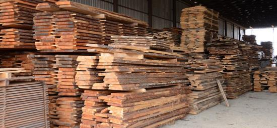 Vysušené stavební řezivo - sklad RV dřevo z Jihlavy v kraji Vysočina