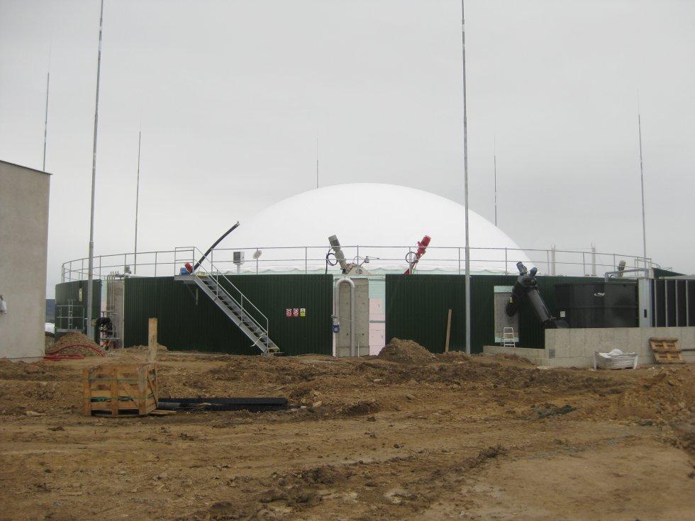 Izolační práce proti úniku metanu v bioplynové stanici