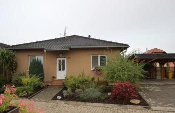 Prodej rodinných domů na Znojemsku - realitní kancelář Znojemské reality