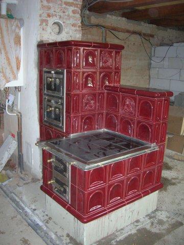 Vyberte si u firmy Kamna, krby Láznička - Kala kachlová kamna pro váš dům