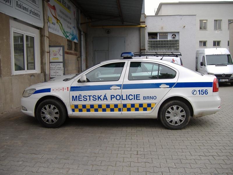 Společnost K + L, spol. s r.o. realizovala potisk aut Městské policie Brno
