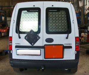 Úpravy nákladních vozidel pro přepravu nebezpečných materiálů dle ADR