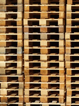 Dřevovýroba Popp a syn, s.r.o. zhotovuje dřevěné palety na zakázku