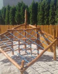 Cvičení, lezení, protahování, balancování - herní prvky pro děti