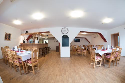 Restaurace Penzionu Lihovar v Rouchovanech na Třebíčsku