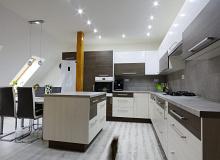 Kuchyňské sestavy na zakázku včetně spotřebičů