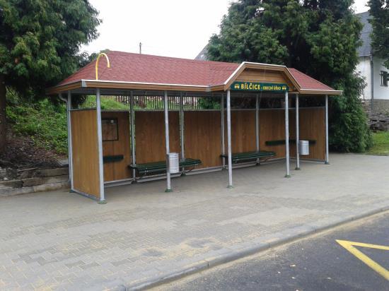 Autobusové čekárny a zastávky, Čekárny - bus