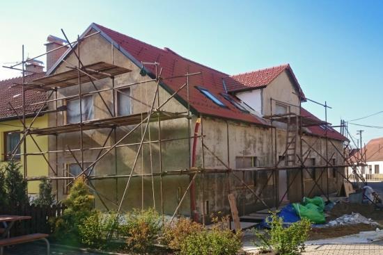 Rekonstrukce rodinných domů - ZEDNICTVÍ JENEŠ