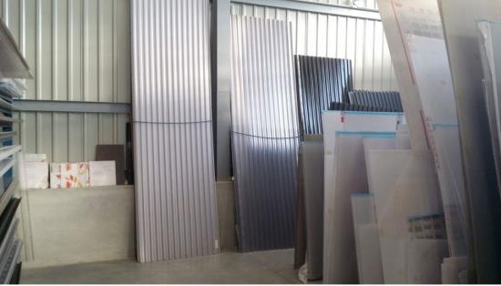 Polykarbonátové desky na míru ve skladu v Oticích