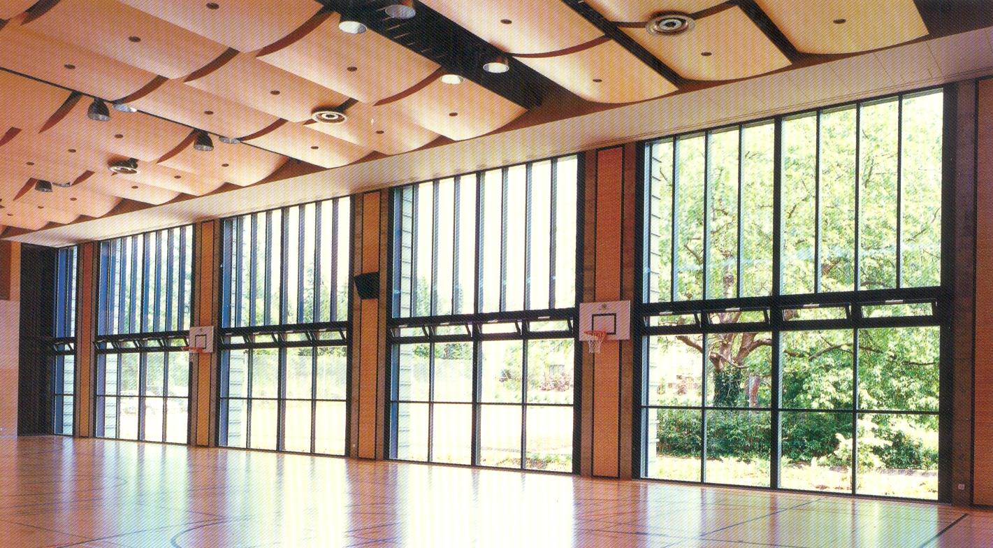 Venkovní okna s dvojskly či trojskly, tříkomorový systém profilů