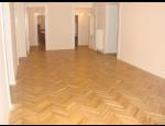Pokládka a renovace podlah