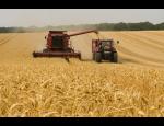 Zemědělské stroje k setí, sklizni, zpracování půdy, hnojení, mulčování